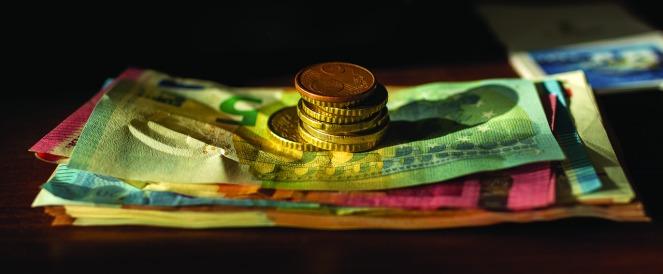 money-3420856_1280